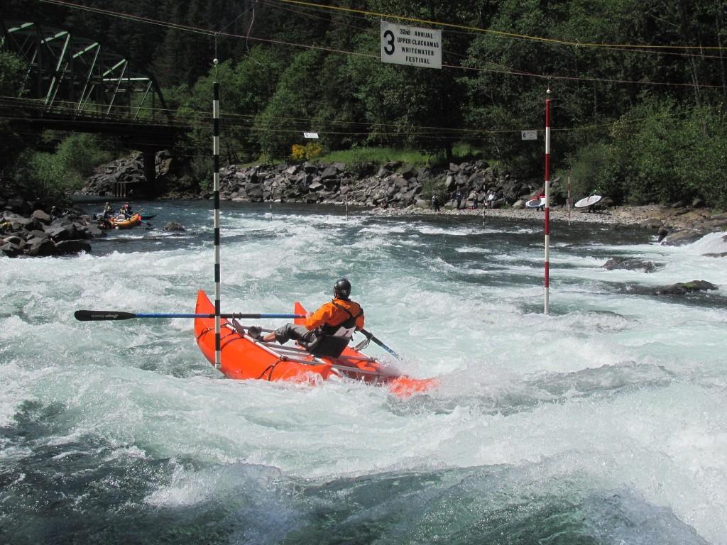 Cataraft Slalom   Upper Clackamas Whitewater Festival